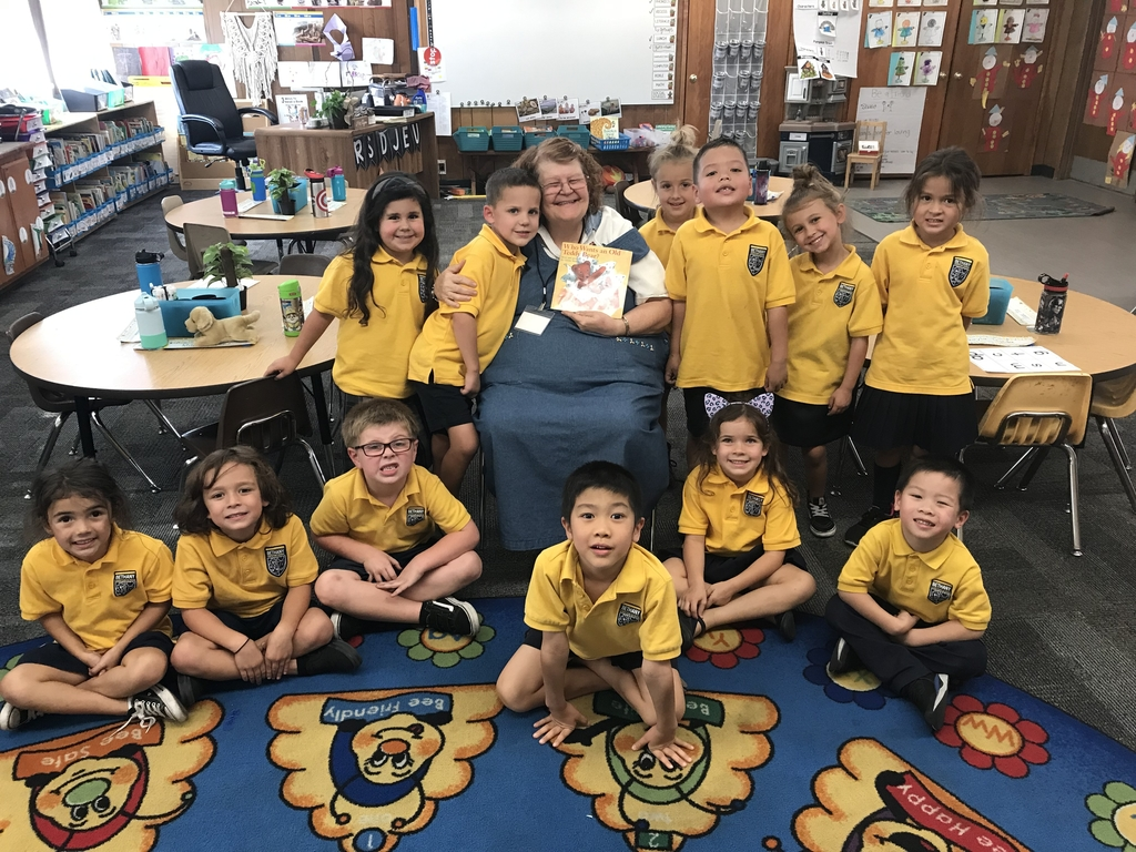 Today we had a member from the Kardia Bible study at Bethany Church come and read to our class! We had a great time and we love the partnership we have with Bethany Church.